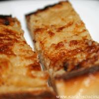The Best Garlic Bread EVER