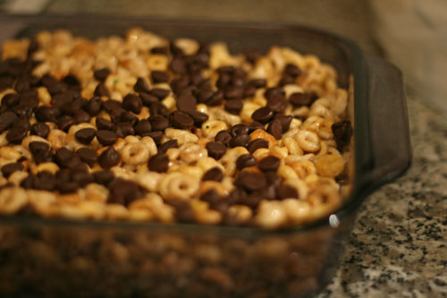 Easy Chocolate Cereal Bars