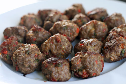 Sundried Tomato and Red Pepper Meatballs, and an Easy-Peasy Appetizer