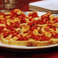 Roasted Red Pepper and Artichoke Crostini