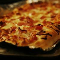 Puffy Prosciutto and Tomato Pizza