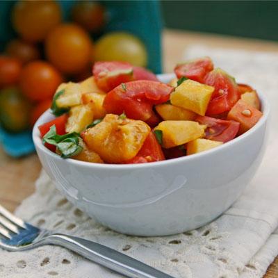Tomato, Peach and Basil Salad - Sarah's Cucina Bella