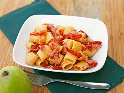 Sundried Tomato and Prosciutto Pasta