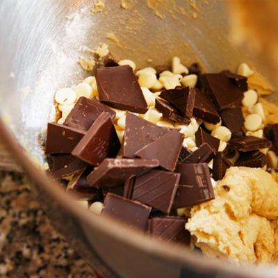 Triple Chocolate Chunk Cookie Bars - Sarah's Cucina Bella