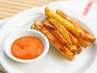 oven fries with curry dipping sauce