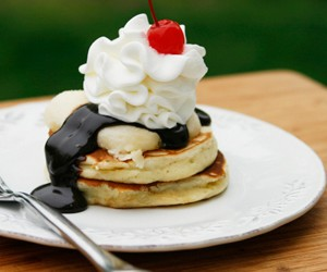 Pancake Party! Banana Split Pancakes