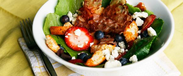 Berry and Gorgonzola Salad with Crispy Prosciutto