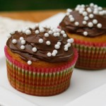 Basic One-Bowl Cupcakes Frosted with Nutella