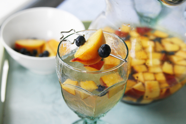 Blueberry Peach Sangria