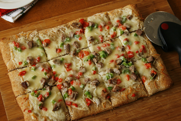 steak onion pepper pizza-scb3