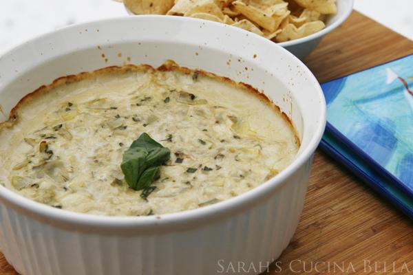 Creamy Artichoke Basil Dip
