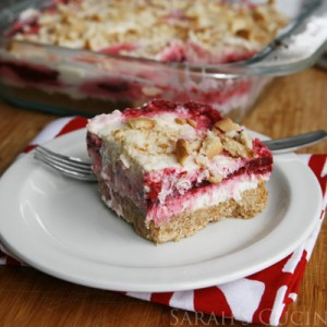 Easy Raspberry Swirl Cheesecake