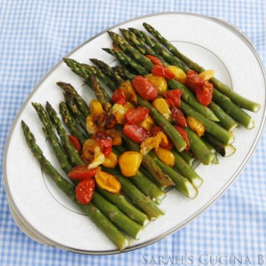 Roasted Asparagus with Tomatoes