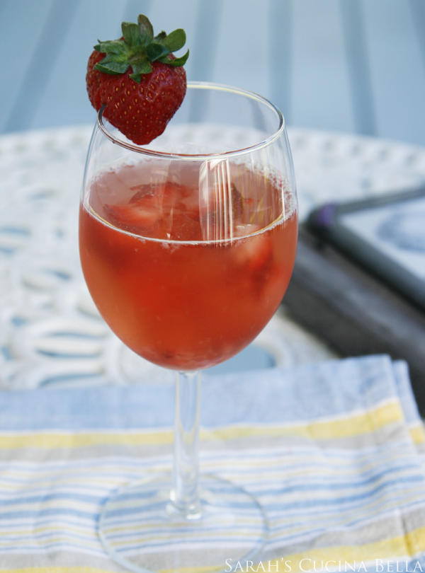 Strawberry Moscato Sparkler