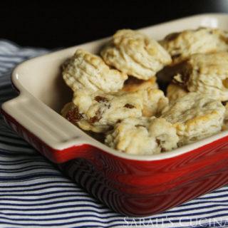 Itty Bitty Raisin Biscuits