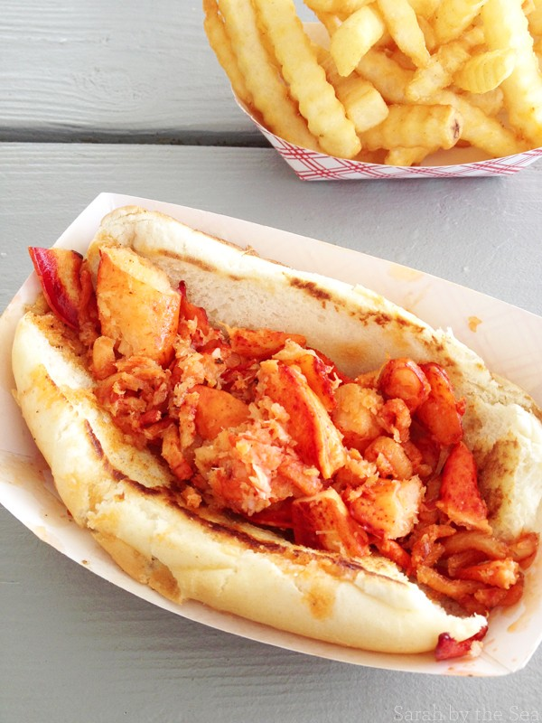 Connecticut Lobster Roll: Goodies