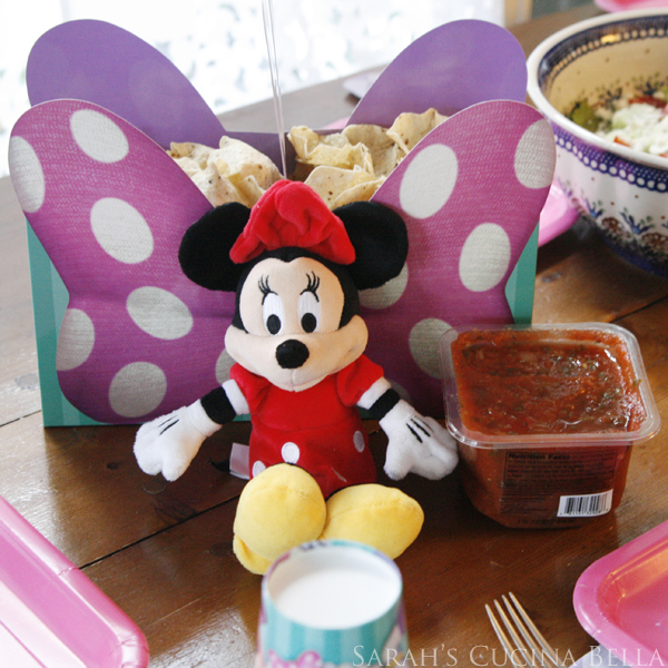 Minnie Chips and Dip