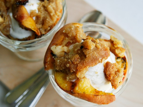 Grilled Peaches and Cream-2
