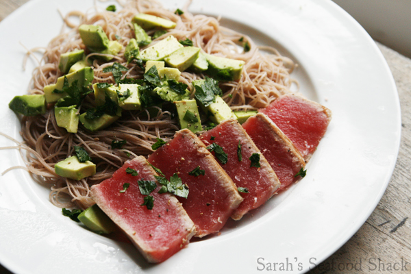 Seared Tuna with Avocado and Brown Rice Noodles
