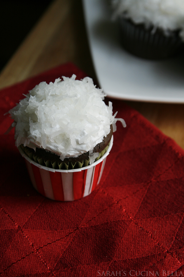 Chocolate Snowball Cupcakes