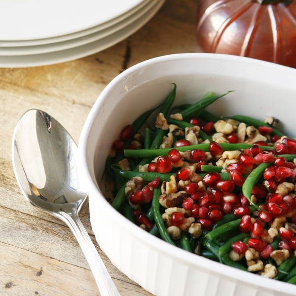 Green Beans with Walnuts and Pomegranate Arils