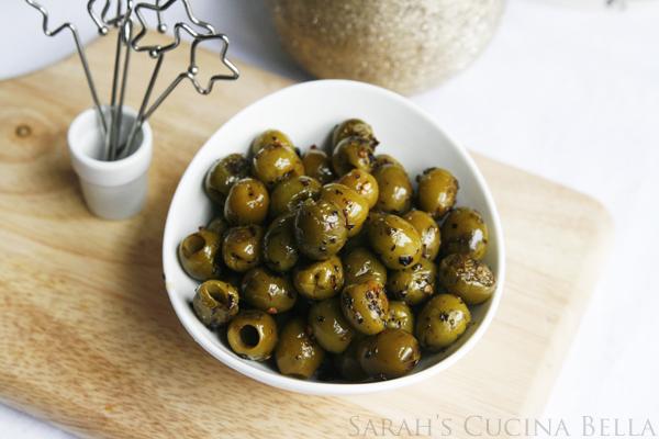 Roasted Olives Recipe for Holiday Entertaining  #shop