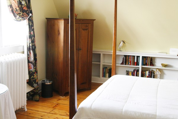 Beekman Arms Guest House Wide Plank Floors