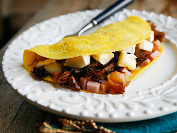 Caramelized Onions Ham Brie Omelets SCB
