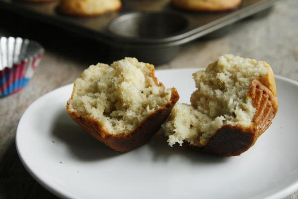 Moist Banana Pistachio Muffins