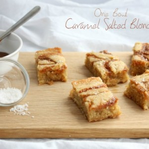 One Bowl Salted Caramel Blondies from Sweetphi