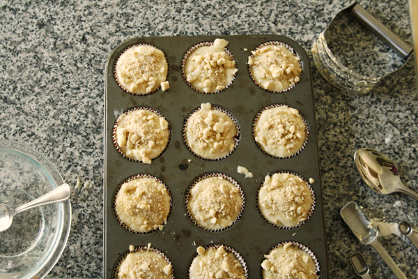 Banana White Chocolate Muffins with Streusel Topping