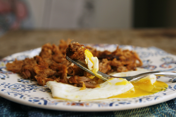Breakfast Idea: Leftover Pulled Pork with a Fried Egg