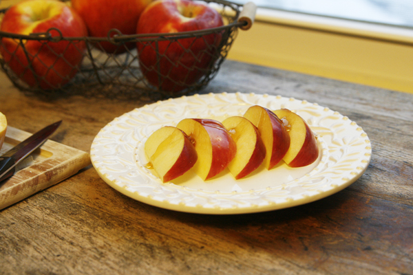 Snack Time: Ambrosia Apples