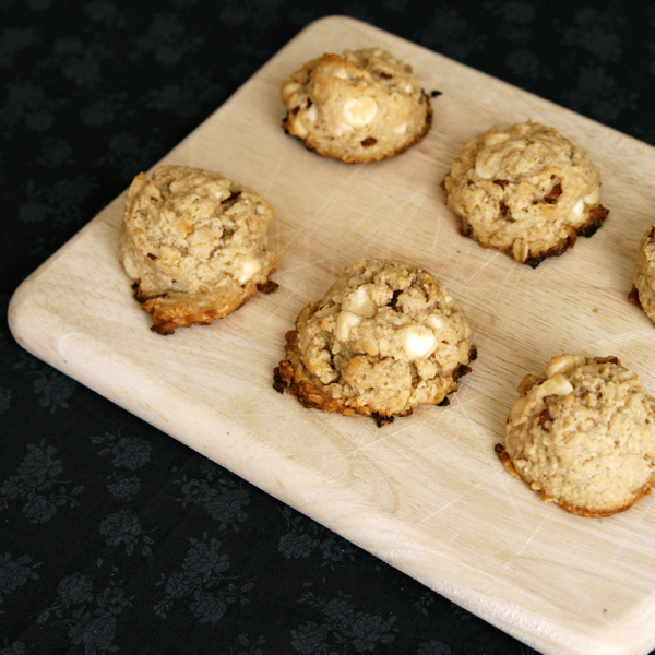 Oatmeal Pecan White Chocolate Cookies Recipe - Egg-Free Cookies