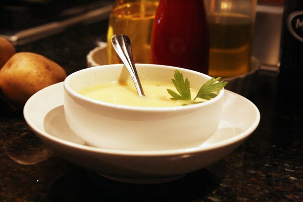 Creamy Potato Leek Soup with Bacon