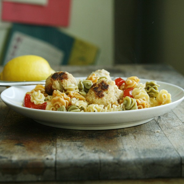 Zesty Lemon Tuna Meatball Pasta