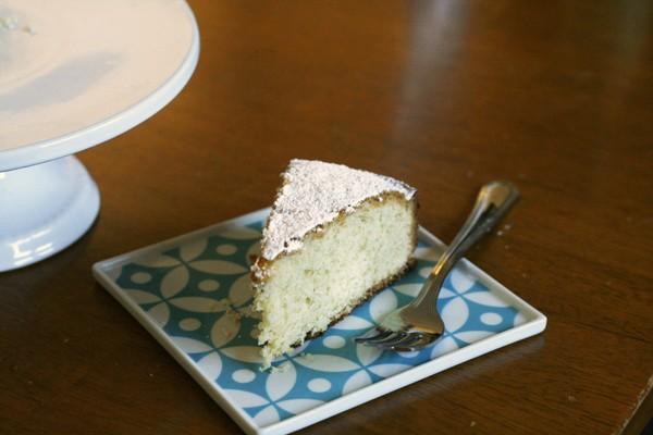 Easy Olive Oil Tea Cake