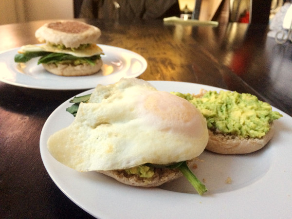 Avocado Egg Spinach Muffin Sandwiches
