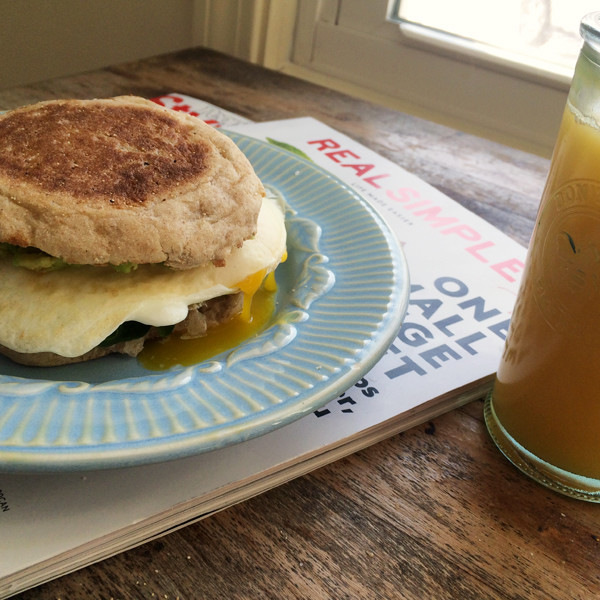 Avocado Spinach Egg English Muffin Sandwiches