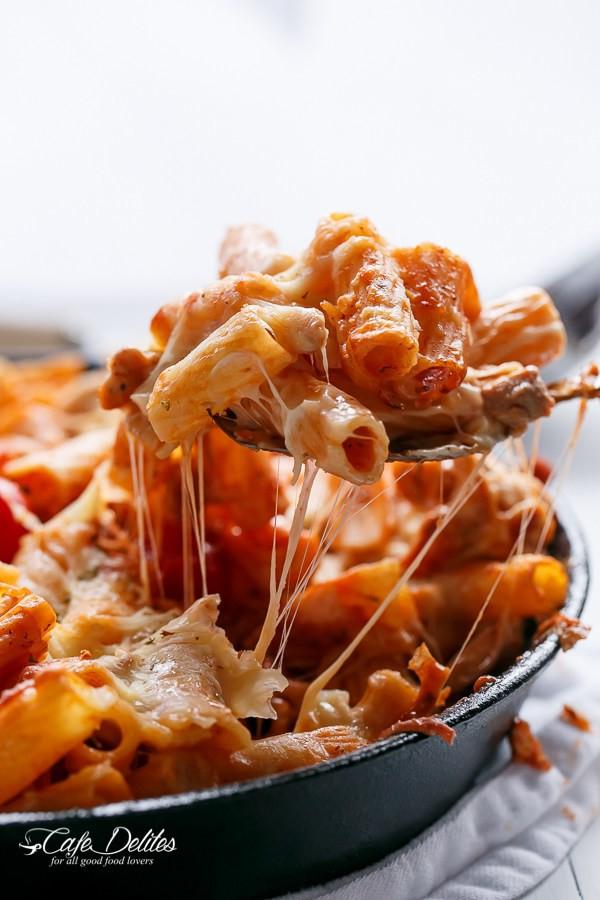 Chicken-Mozzarella-Pasta-Bake-42