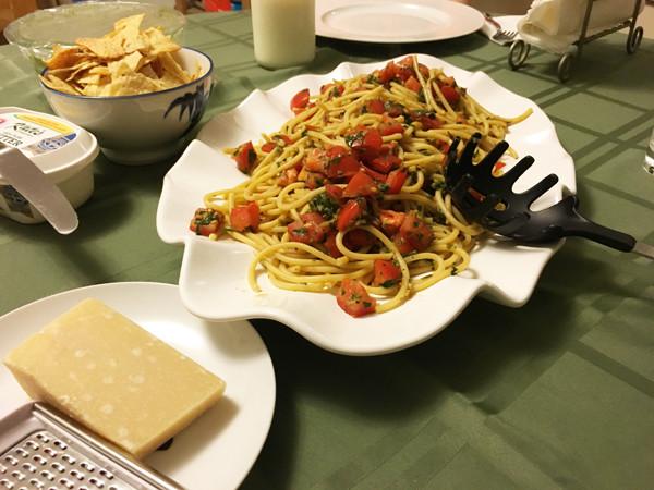 Bucatini Pomodoro (Vegan Pasta Recipe)