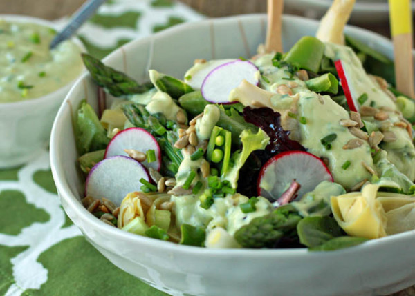 Spring-veggie-salad-with-creamy-avocado-ranch-dresssing