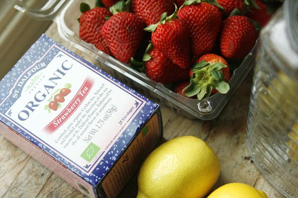 Strawberry Iced Tea Lemonade Ingredients