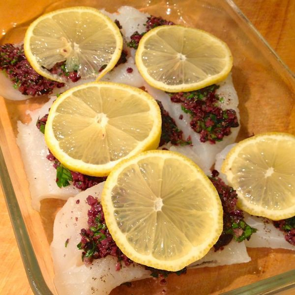Baked-Cod-with-Sun-Dried-Tomato-Caper-and-Olive-Tapanade-The-Lemon-Bowl1