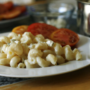 homemade-creamy-macaroni-and-cheese
