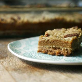 layered-pumpkin-pie-bars