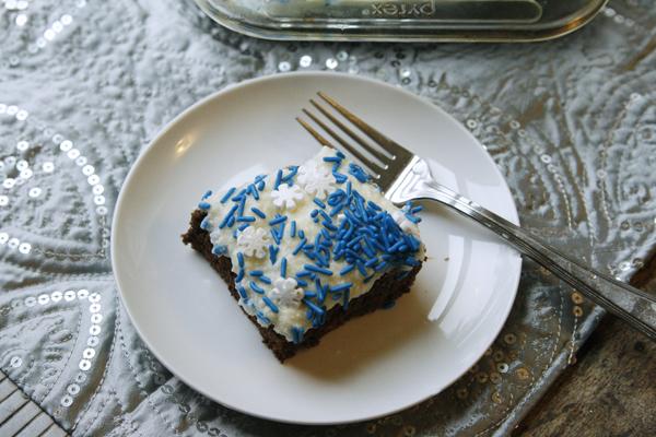 easy-chocolate-snack-cake-recipe