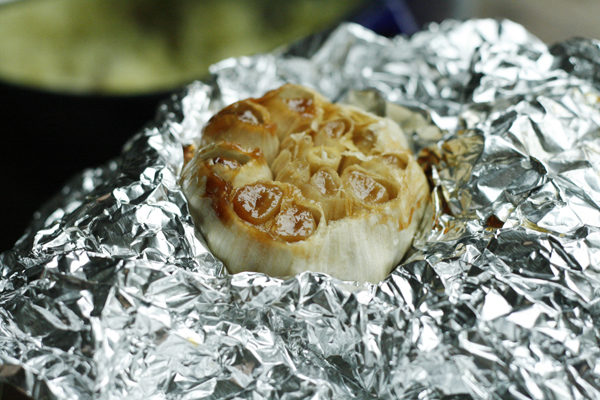 roasted-garlic-for-mashed-potatoes