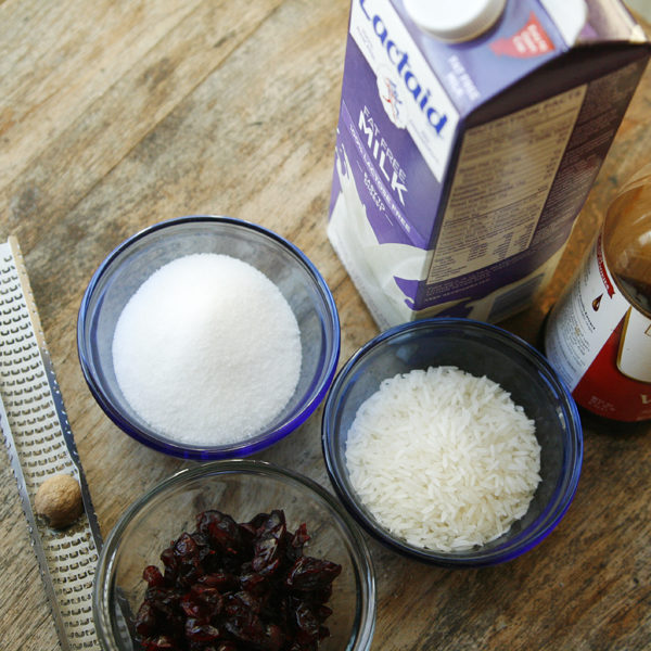 cranberry-vanilla-rice-pudding-ingredients