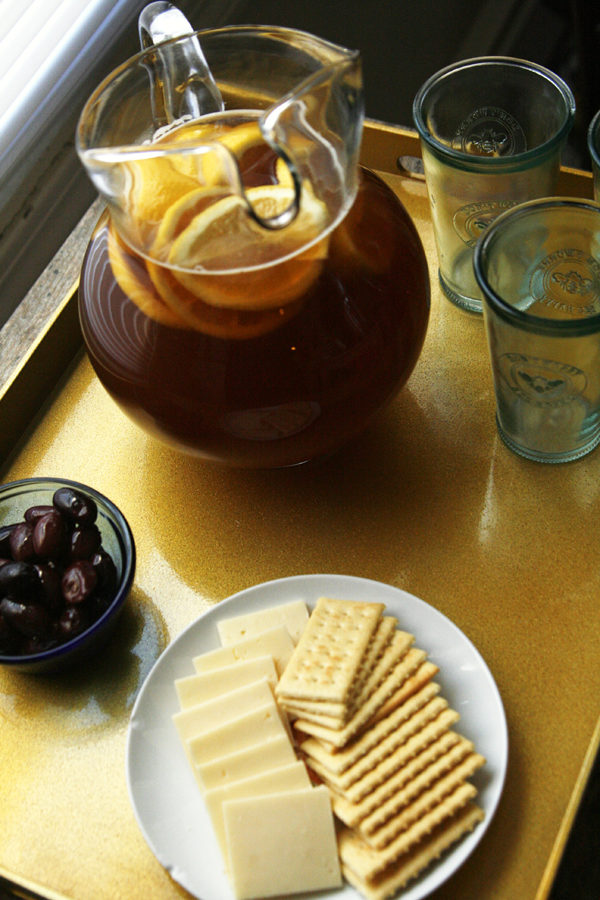 This Honey Lemon Iced Tea recipe is perfect for families
